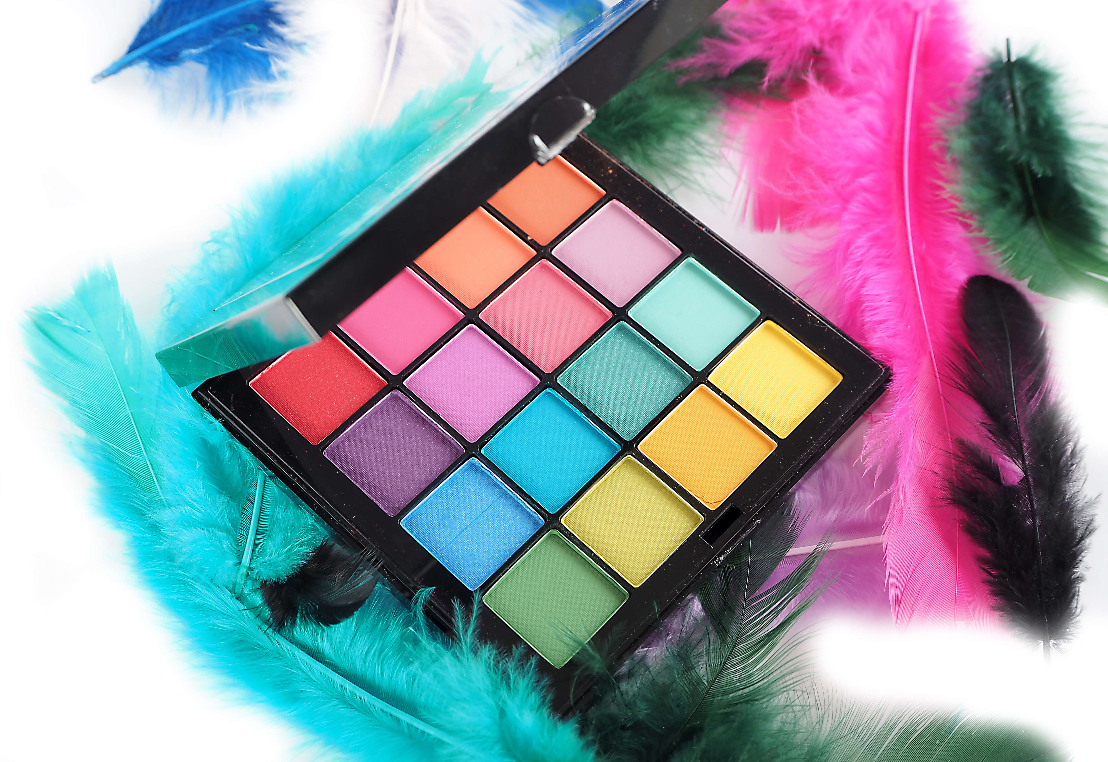 TEST NYX ULTIMATE Shadow Palette BRIGHTS