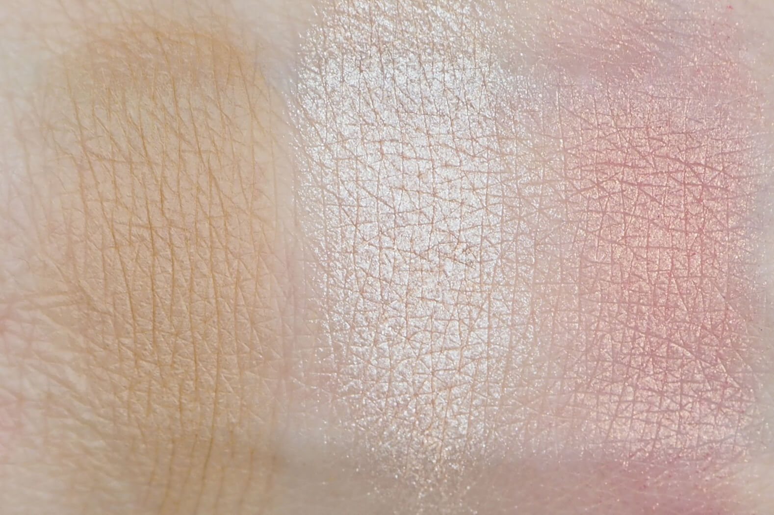 SWATCH WIBO 3 STEPS TO PERFECT FACE LIGHT