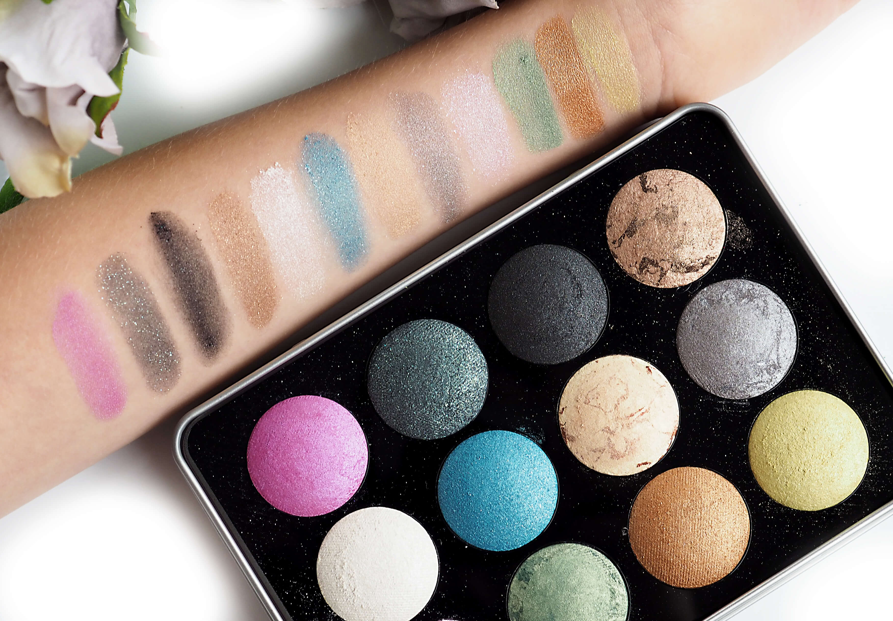 SWATCHES AFFECT LOVE COLOURS