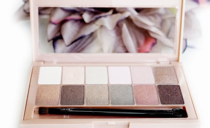 Opina MAYBELLINE THE BLUSHED NUDES