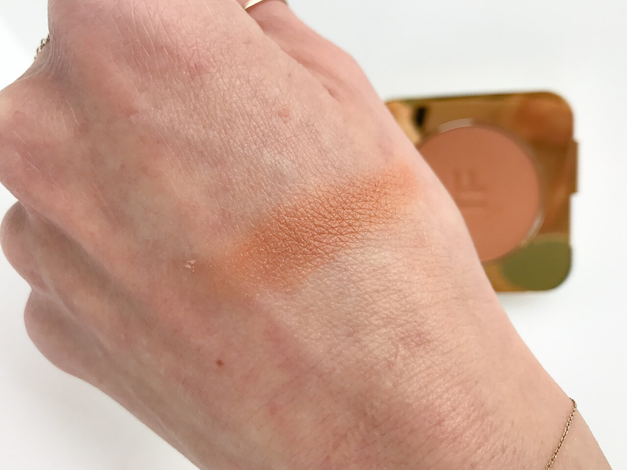 Tom Ford bronzer Gold Dust Swatch