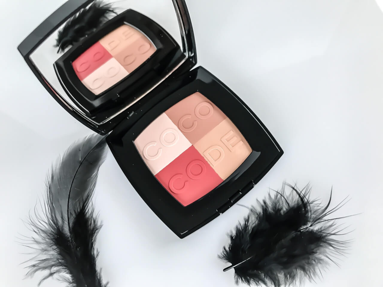 Chanel COCO CODES COLLECTION blush harmony