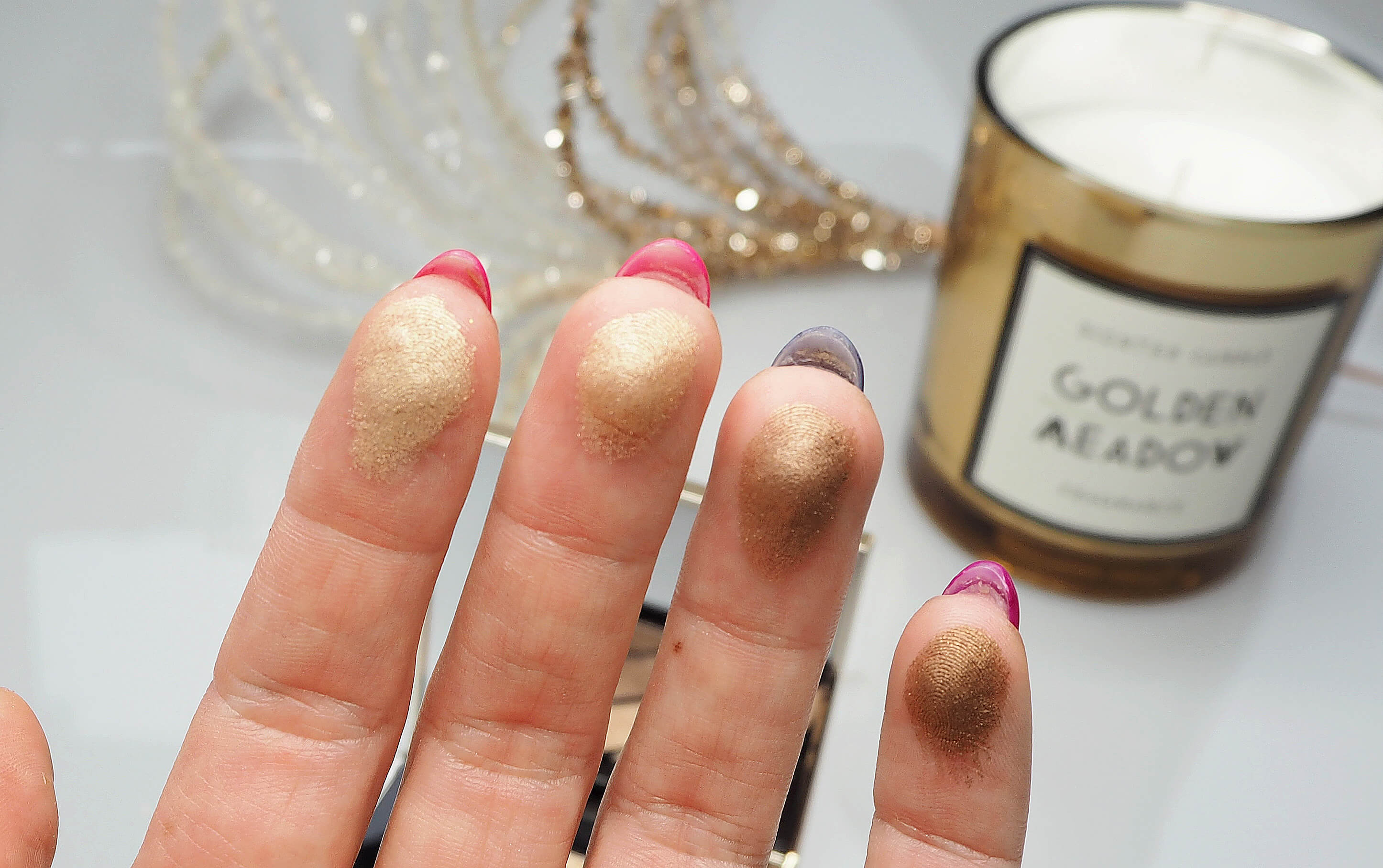 BURBERRY Gold Shimmer No. 28