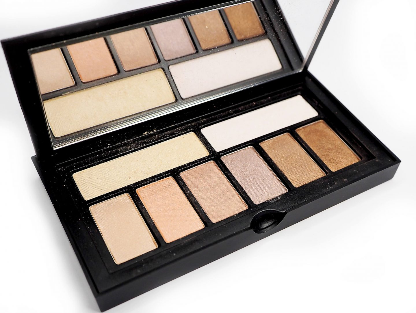 SMASHBOX SOFTLIGHT Cover Shot