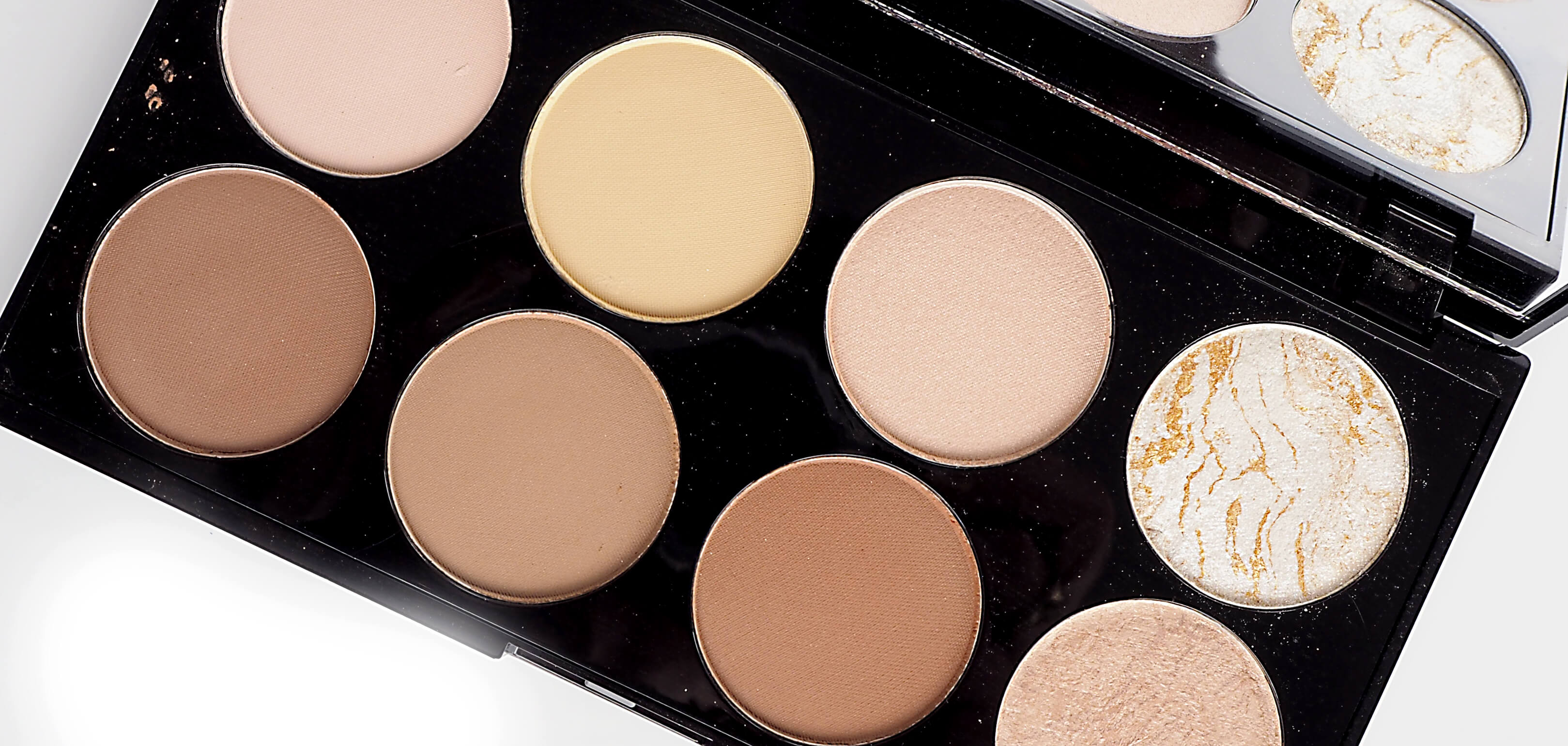 Paleta do konturowania MAKEUP REVOLUTION