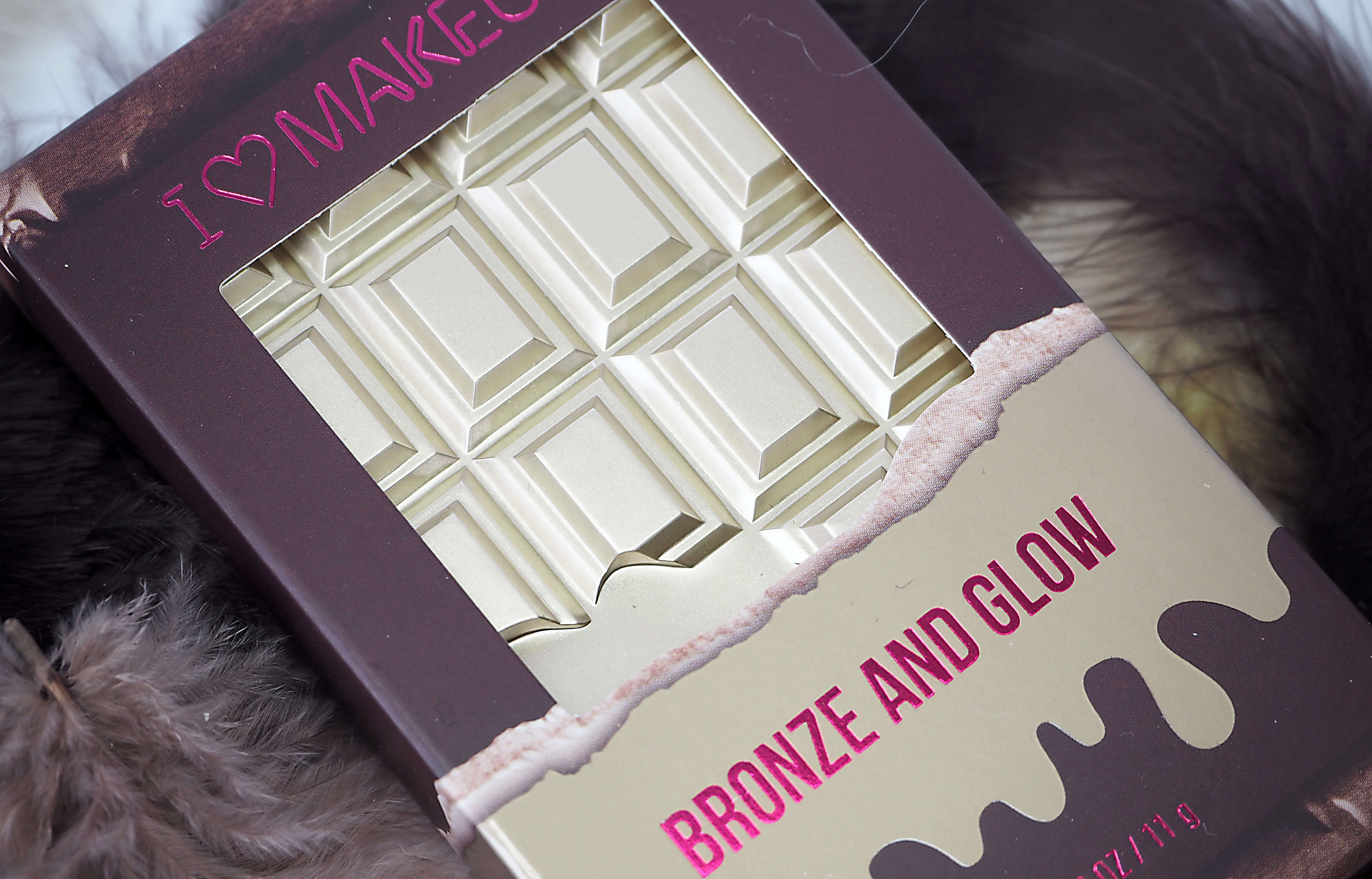 Makeup Revolution BRONZE and GLOW