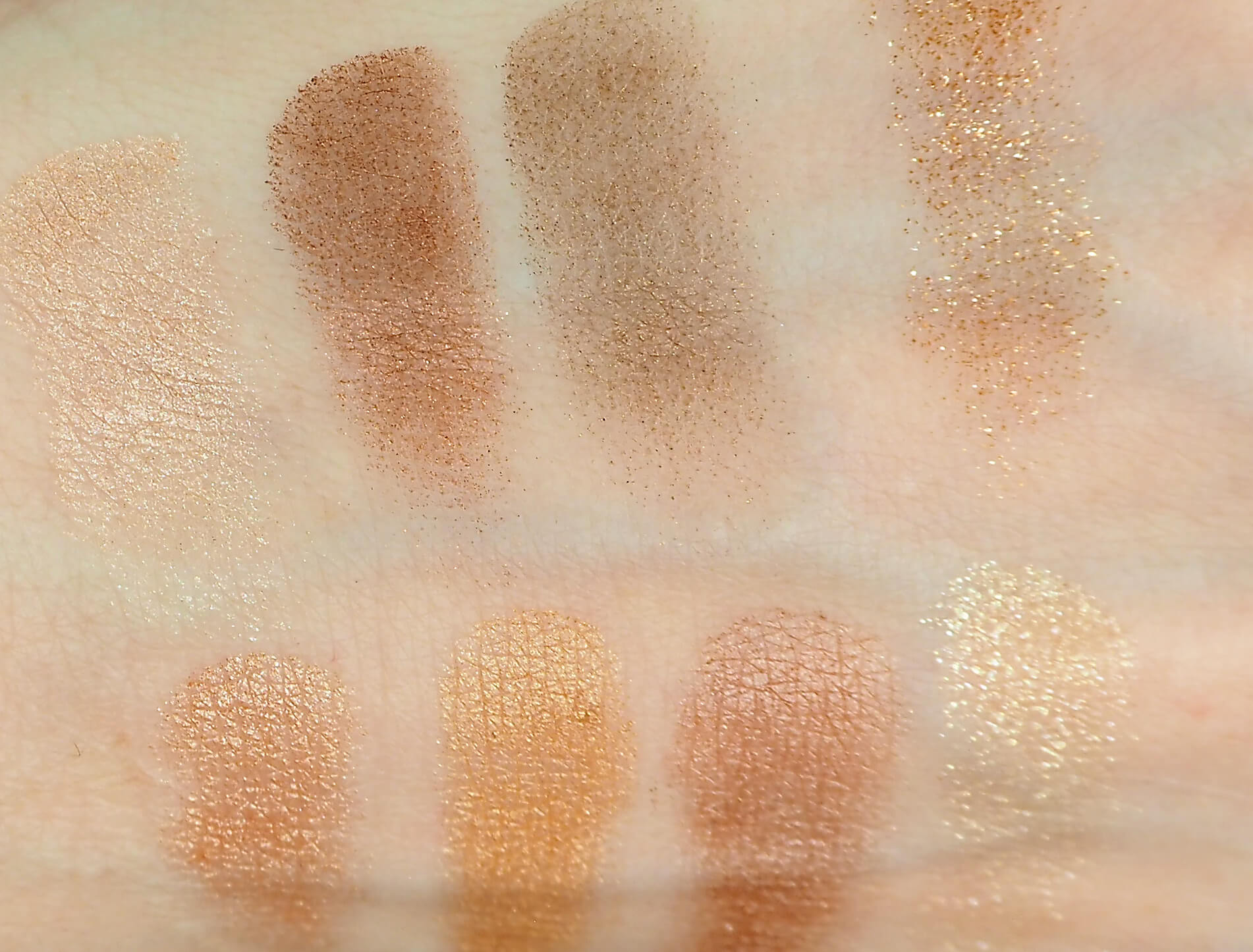 The Dolce Vita (górny rząd) The Legendary Muse (dolny rząd) Swatches