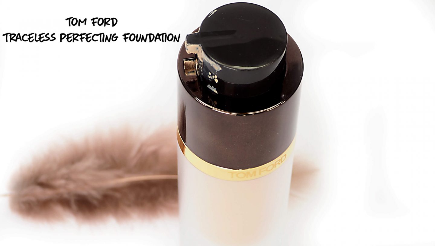 TOM FORD Traceless Perfecting Foundation