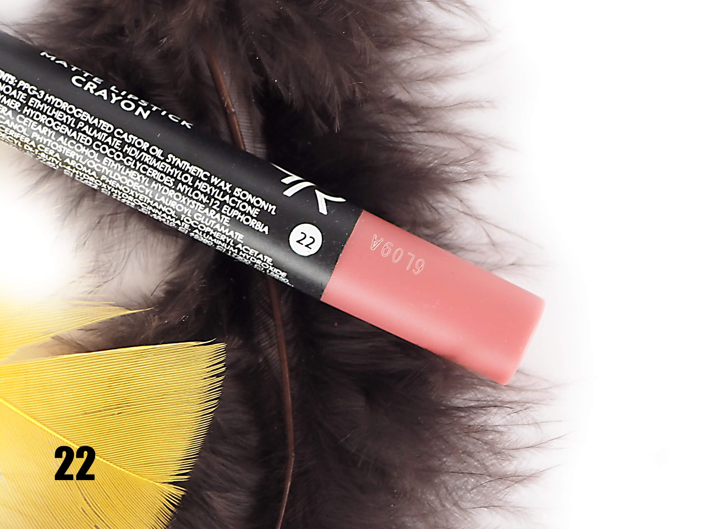 GOLDEN ROSE 22 MATTE LIPSTICK CRAYON