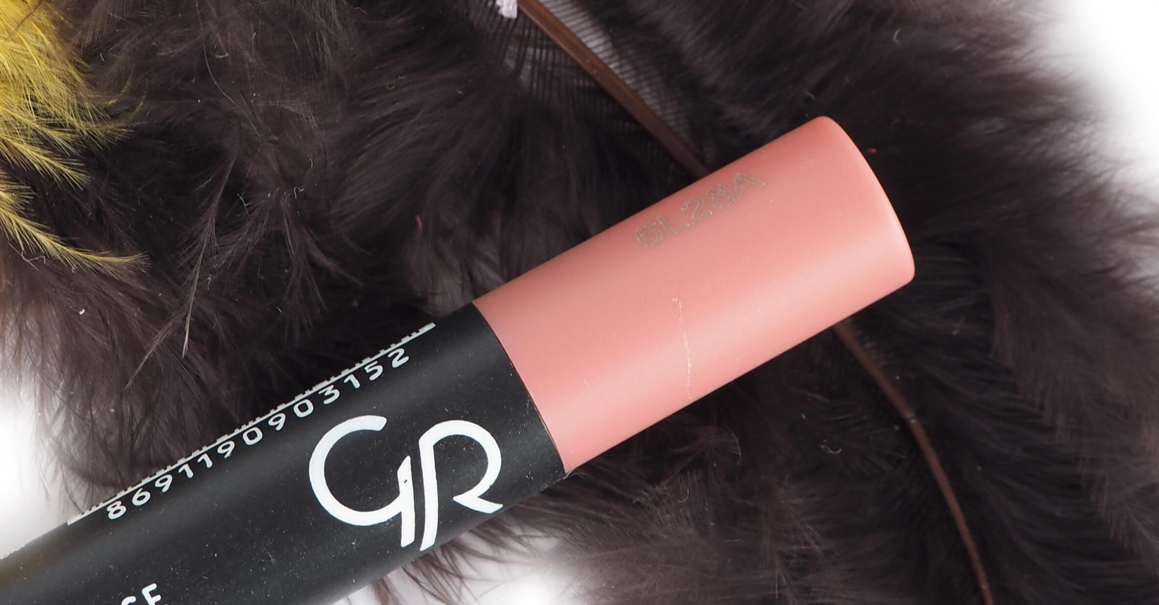 GOLDEN ROSE 15 MATTE LIPSTICK CRAYON