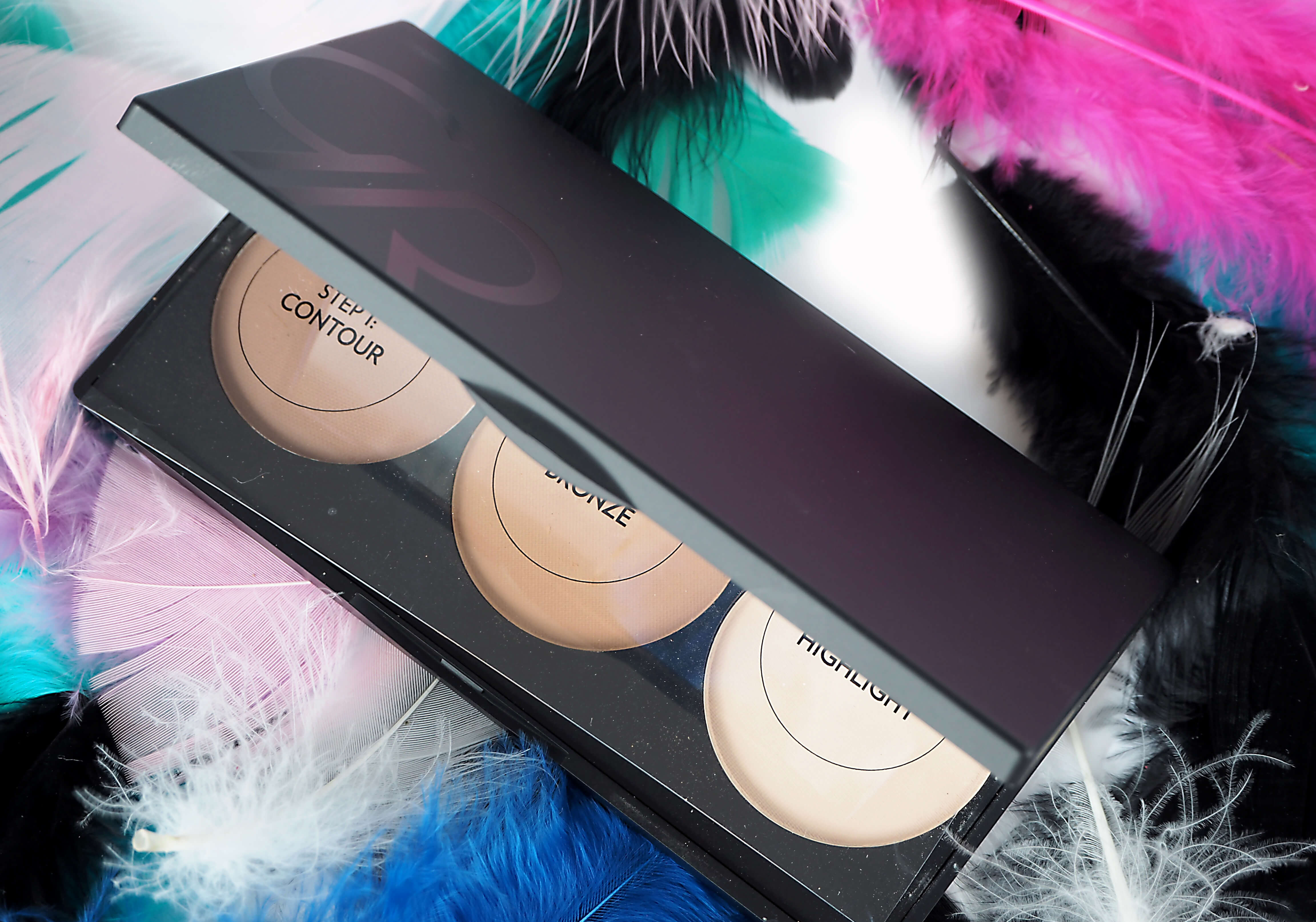 Recenzja GOLDEN ROSE CONTOUR POWDER KIT