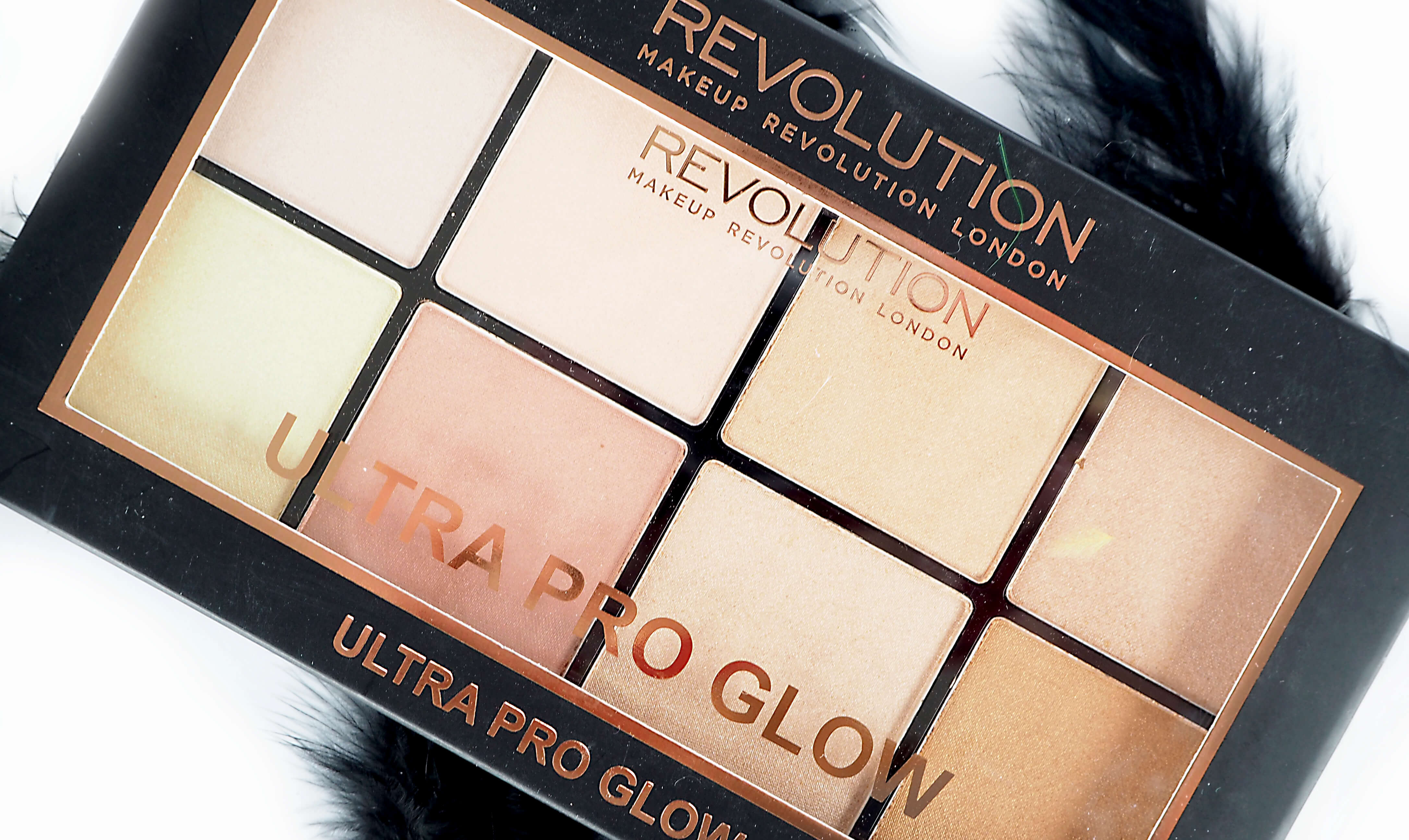 TEST MAKEUP REVOLUTION ULTRA PRO GLOW