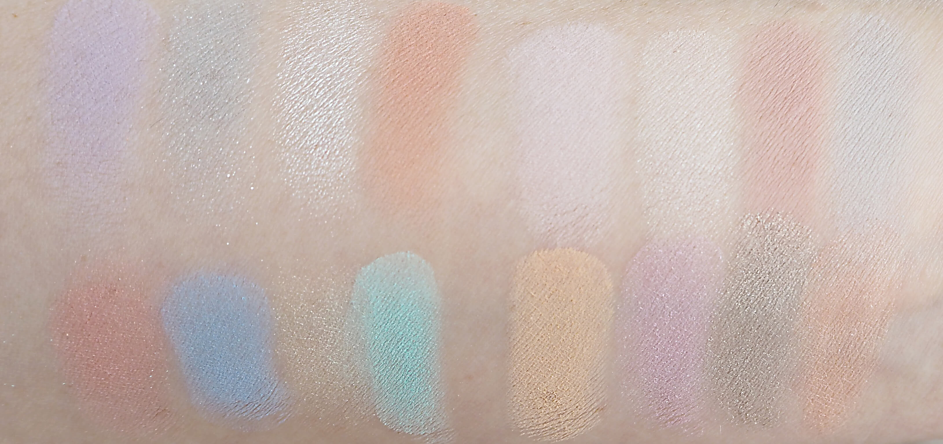 SWATCHES LORAC I LOVE BRUNCH PRO PALETTE