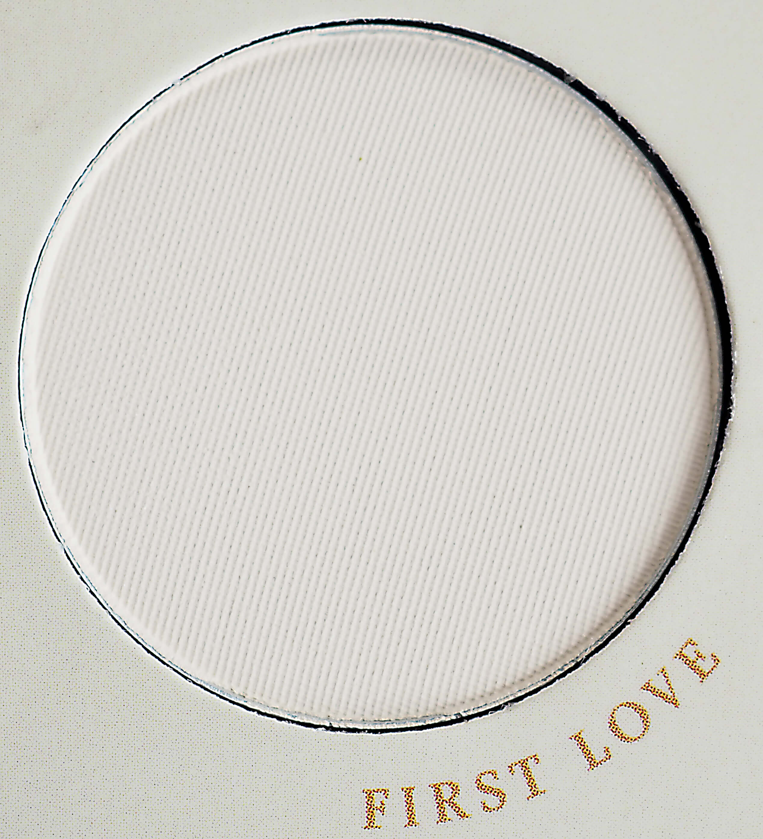 First Love ZOEVA NATURALLY YOURS