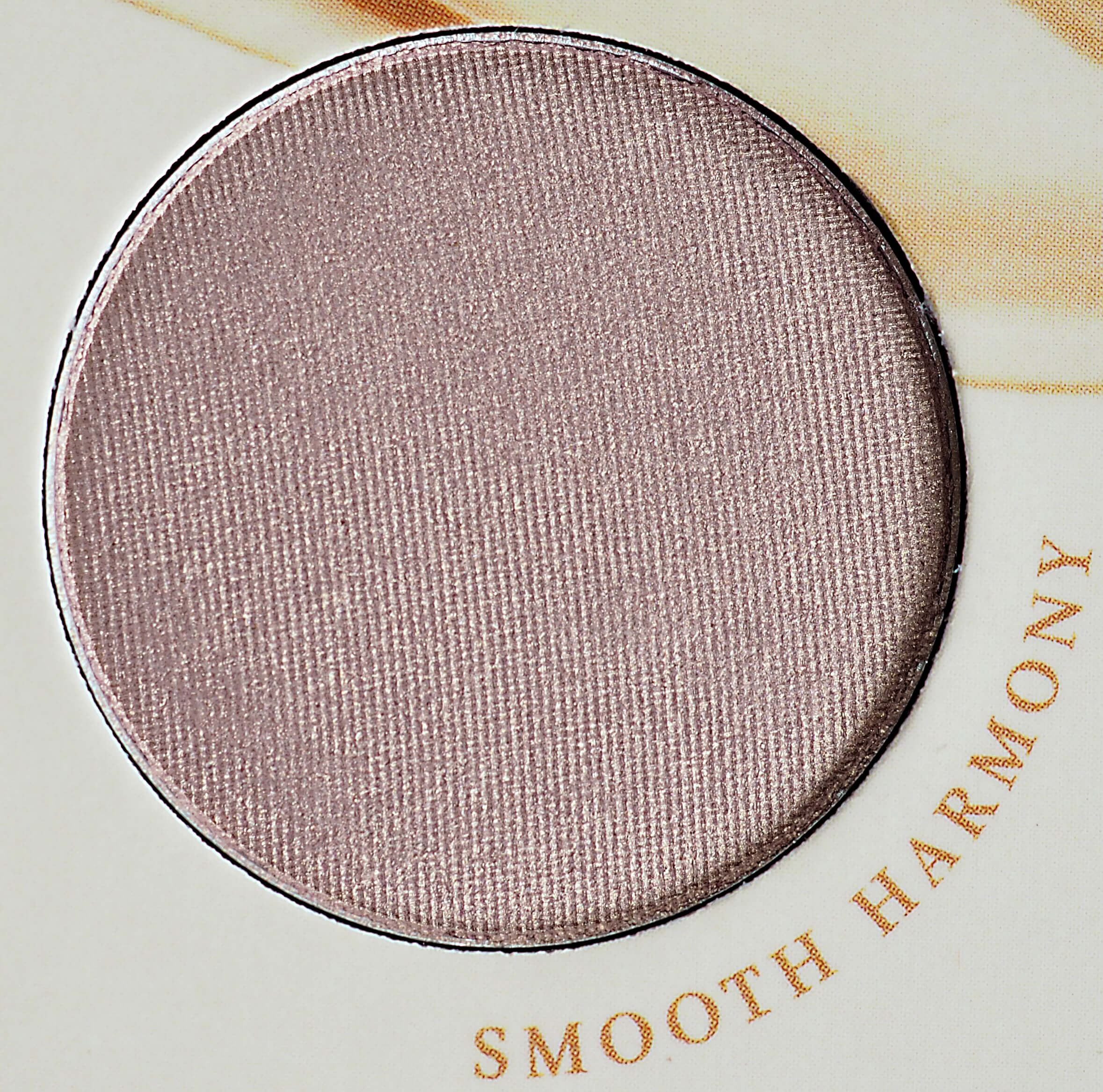 Smooth Harmony ZOEVA NATURALLY YOURS