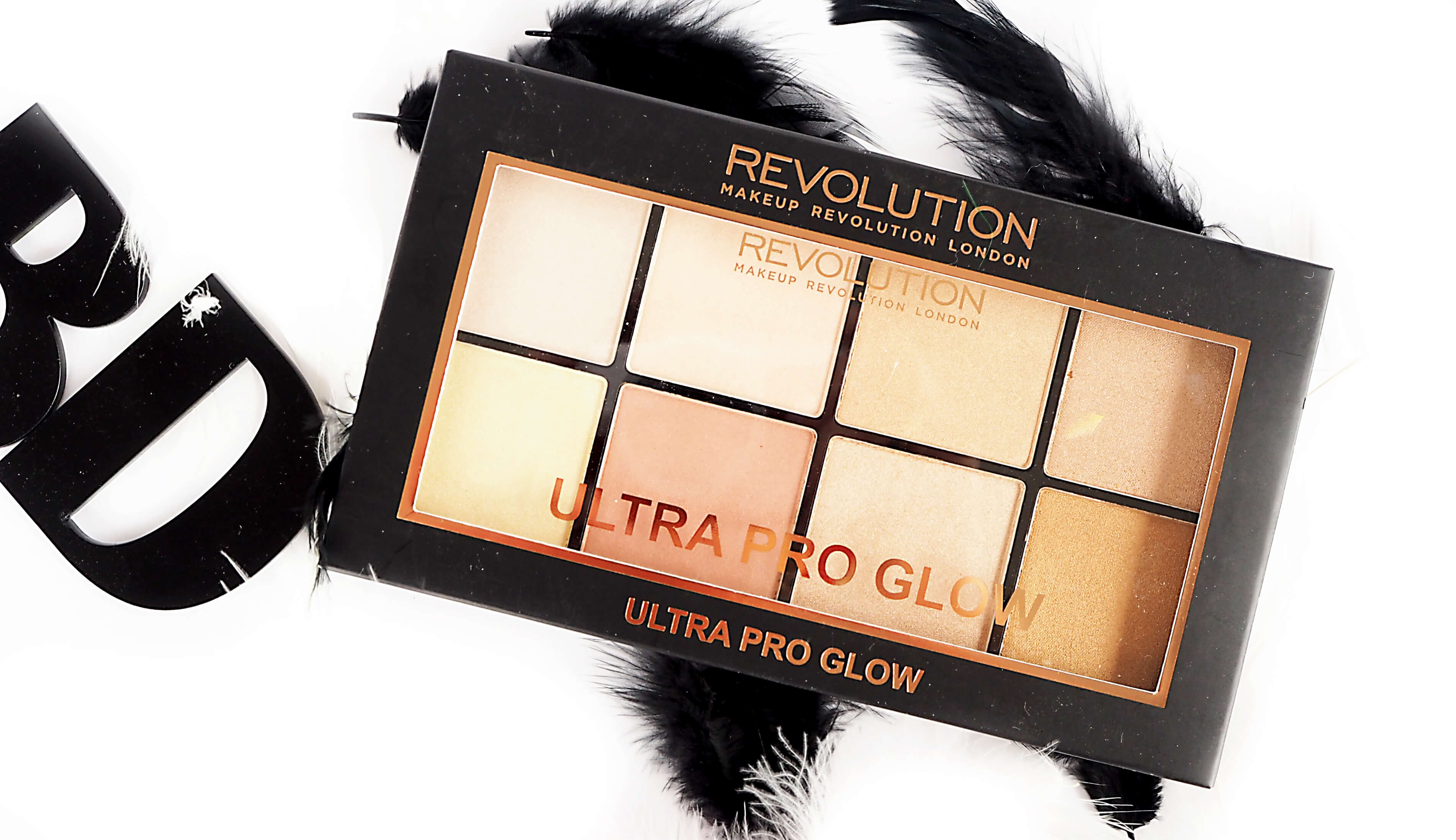 OPINIA MAKEUP REVOLUTION ULTRA PRO GLOW