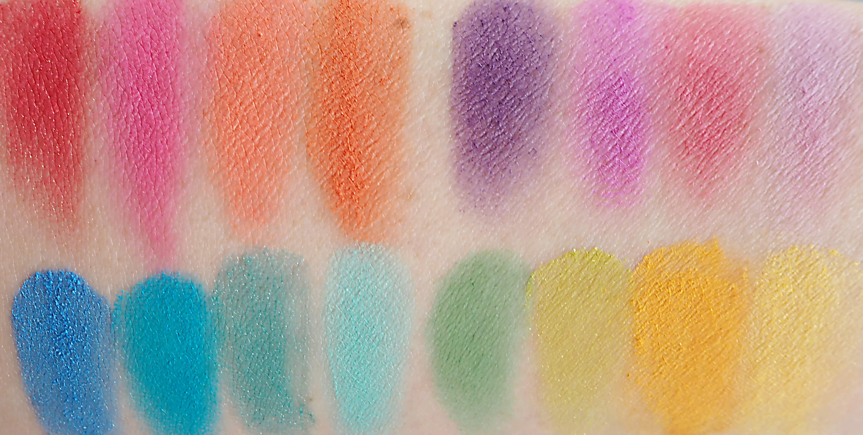 Swatch NYX ULTIMATE Shadow Palette BRIGHTS