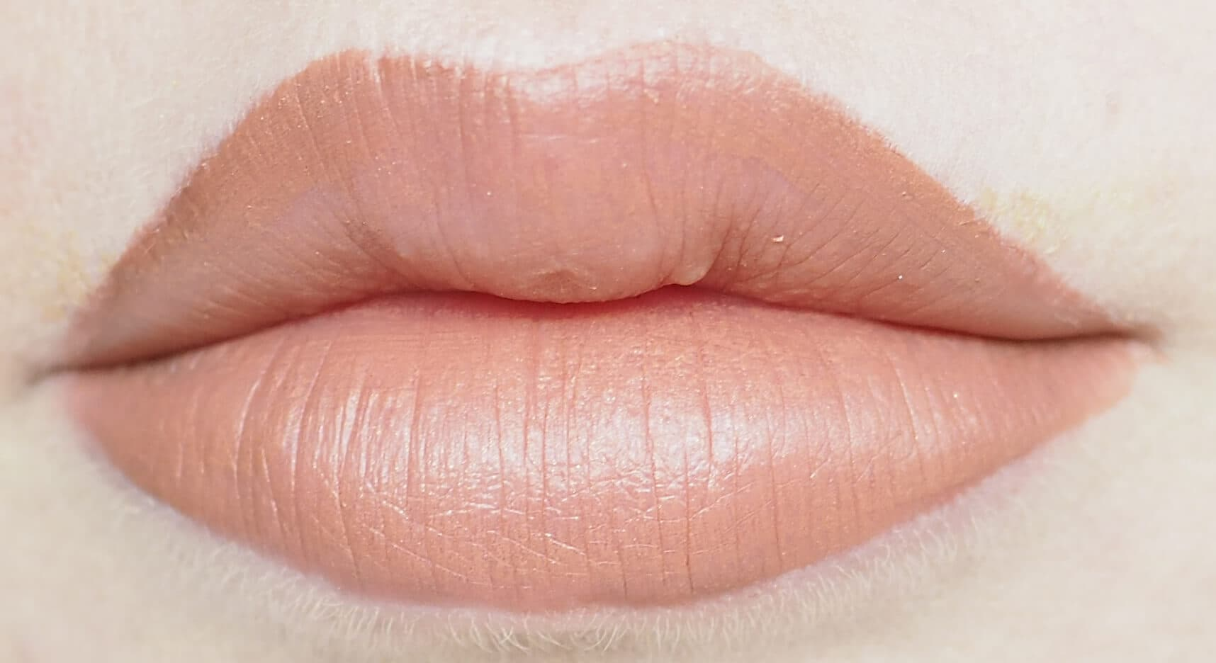 11 GOLDEN ROSE LIQUID MATTE