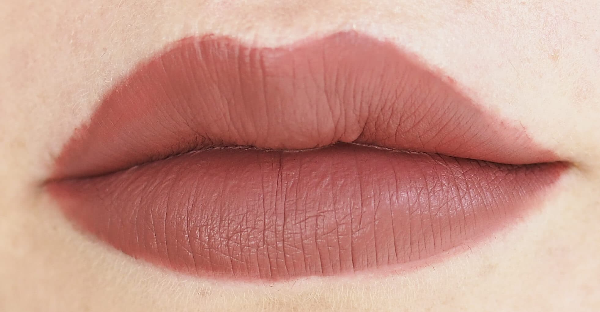 20 GOLDEN ROSE LIQUID MATTE
