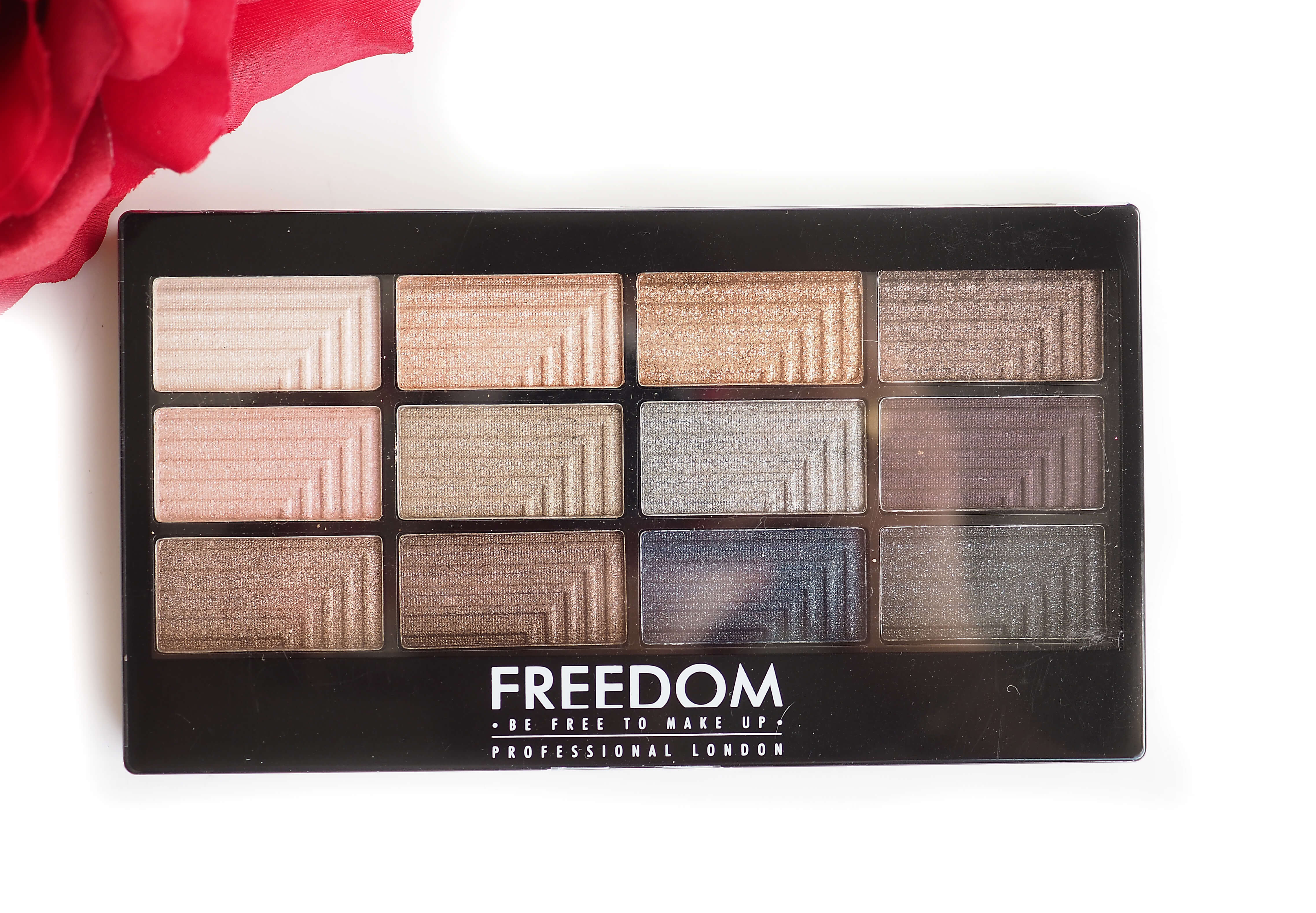 FREEDOM MAKEUP ROMANCE AND JEWELS