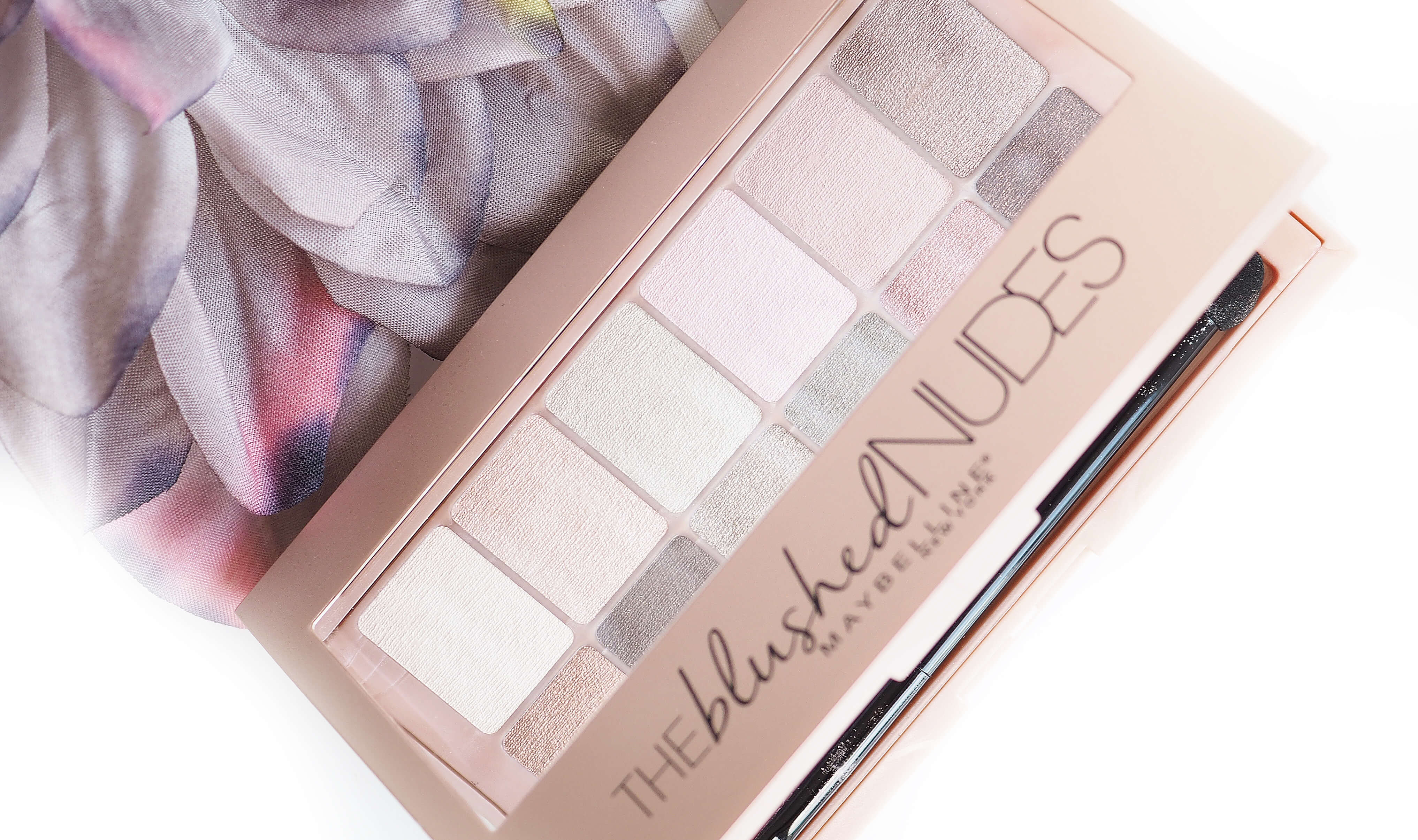 Recenzja MAYBELLINE THE BLUSHED NUDES