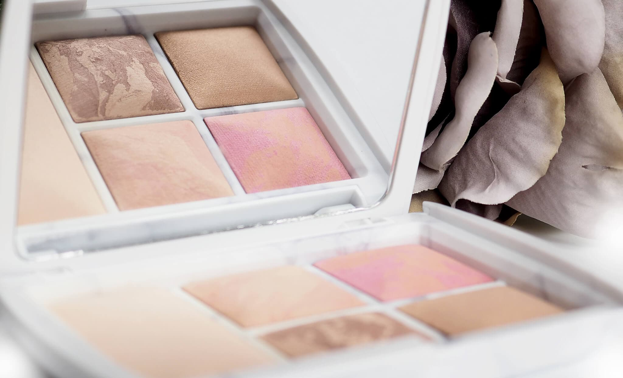 Opinia HOURGLASS SURREAL LIGHT AMBIENT LIGHTING EDIT
