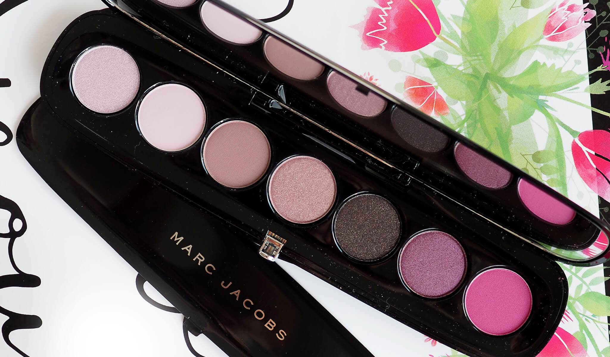 PROVOCOUTURE MARC JACOBS