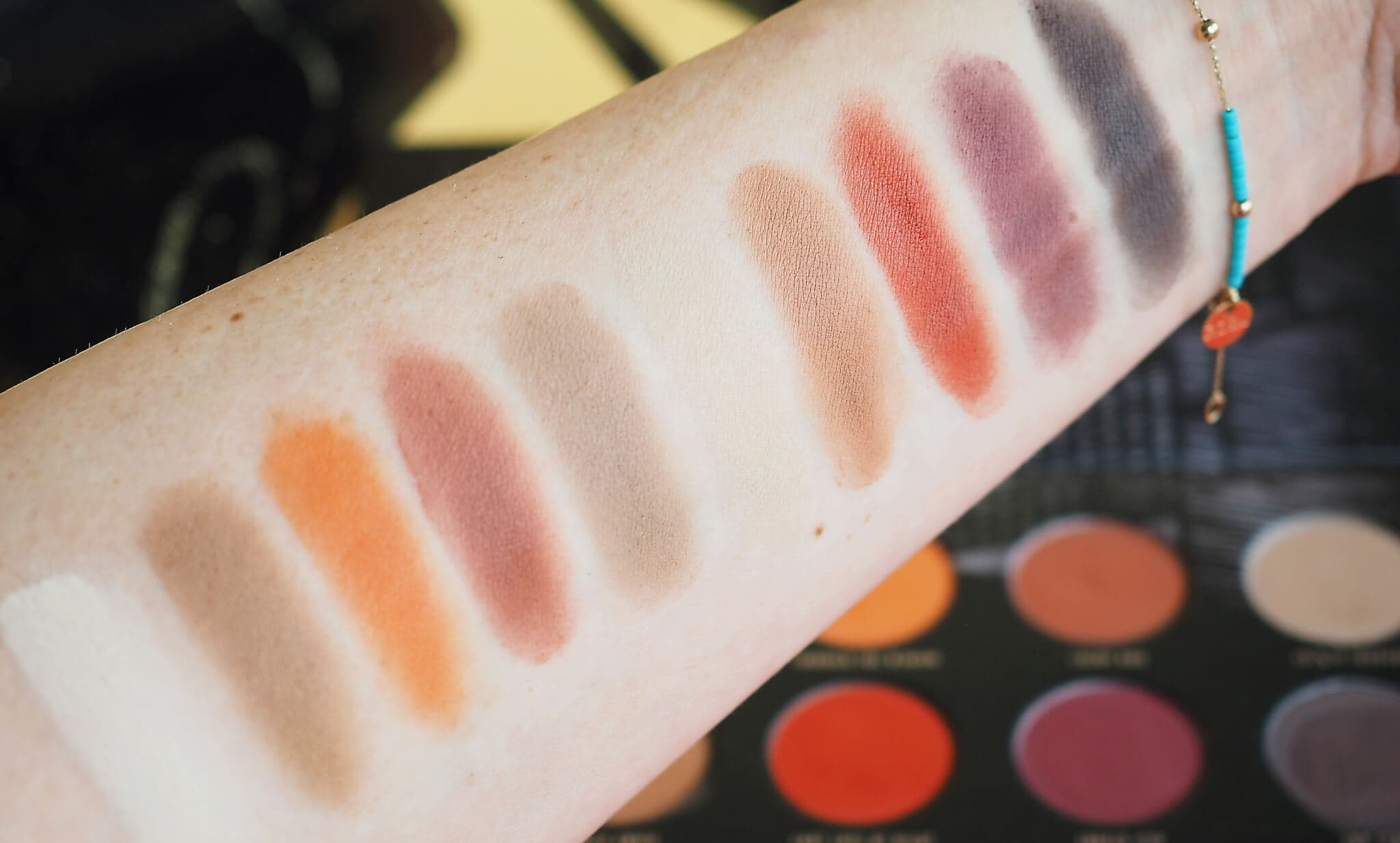 Swatches ZOEVA MATTE