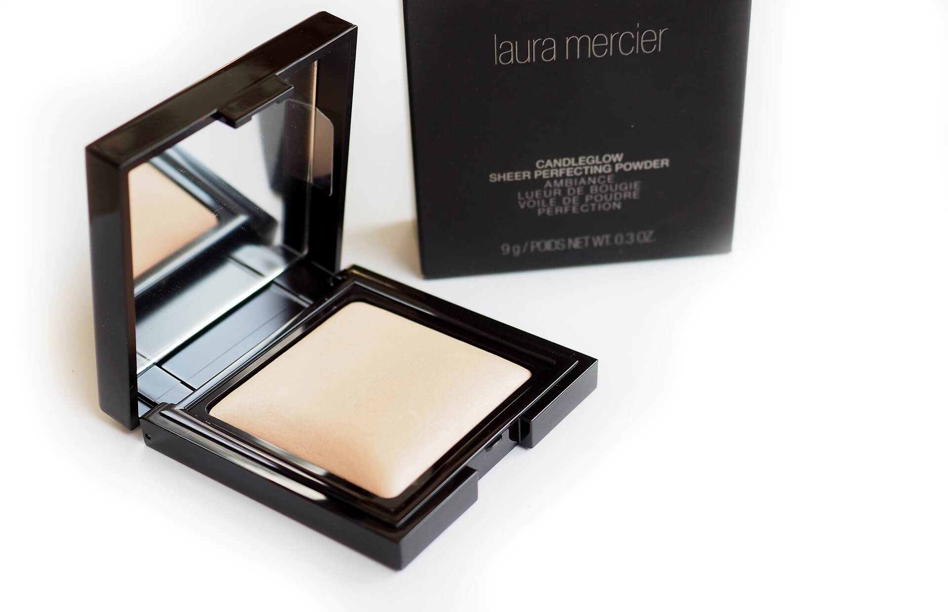 OPINIA LAURA MERCIER CANDLEGLOW SHEER PERFECTING POWDER