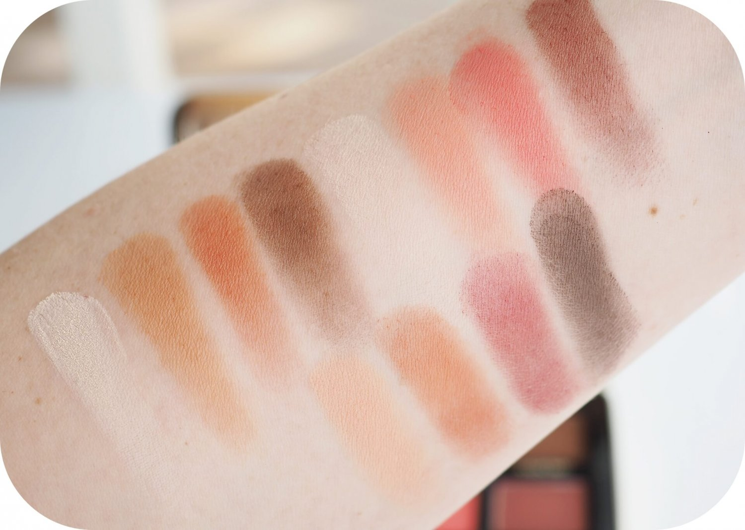 swatches Too Faced Just Peachy Mattes