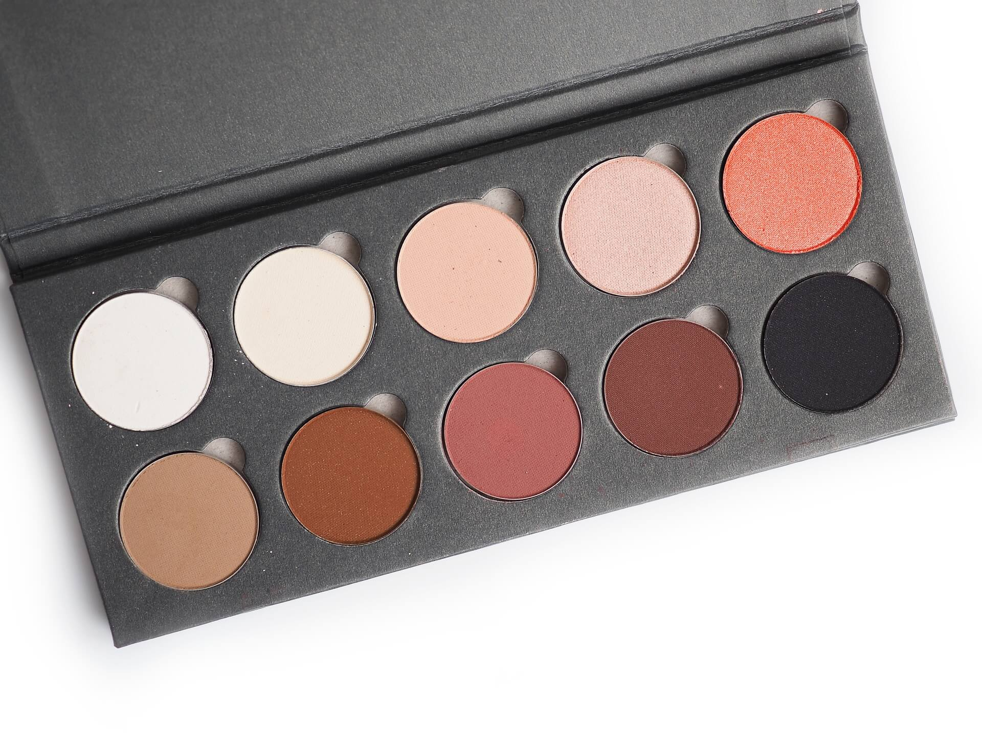 test Kobo Professional Charming Look Eyeshadow Palette