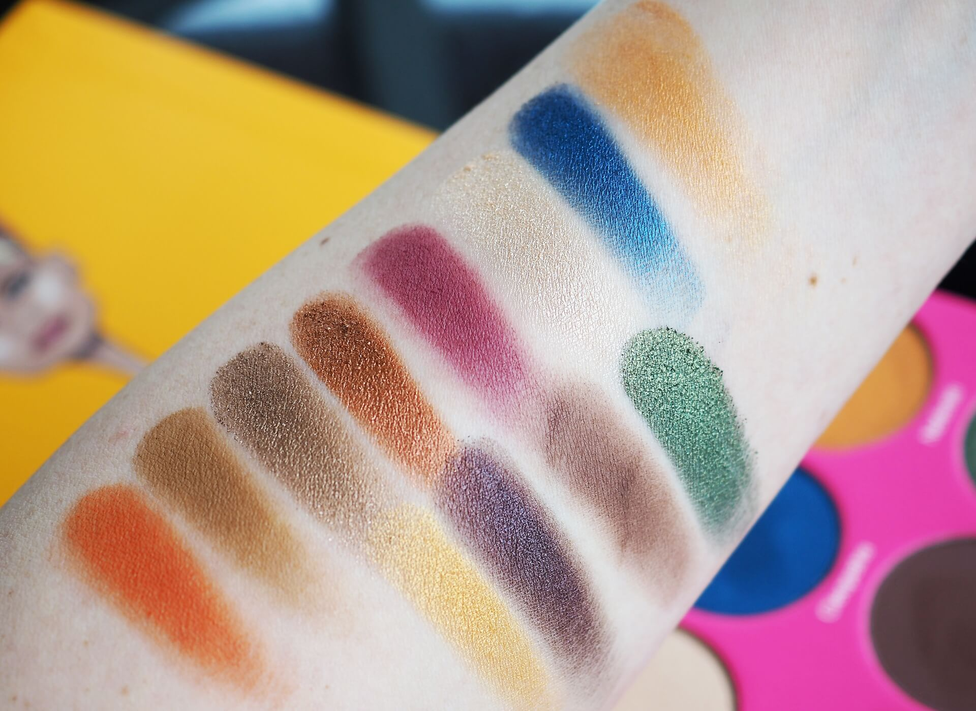 swatches Juvia's Place The Nubian 2 Eyeshadow Palette