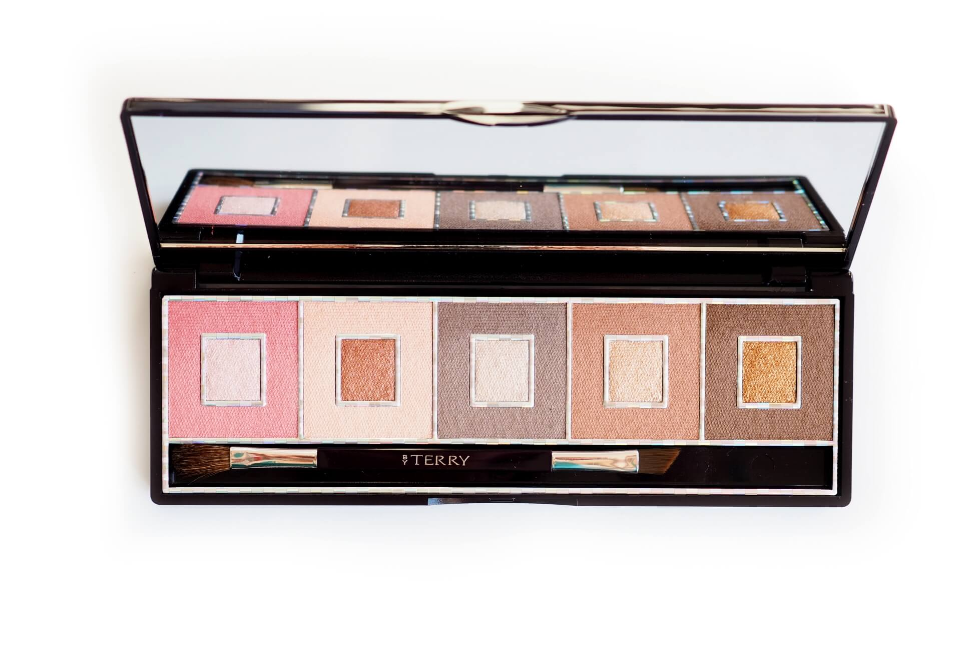 By Terry Pixie Nude Game Lighter Palette