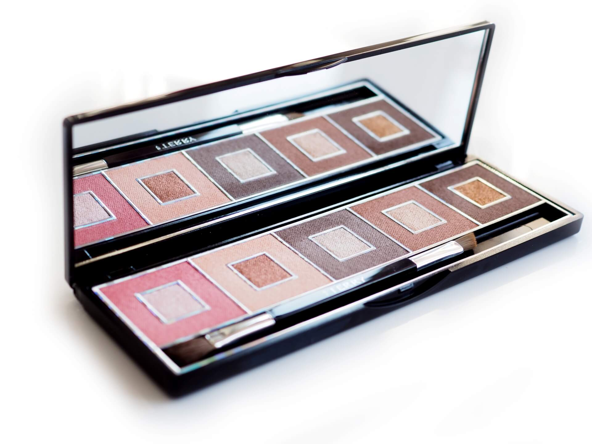 By TerryPixie Nude Game Lighter Palette