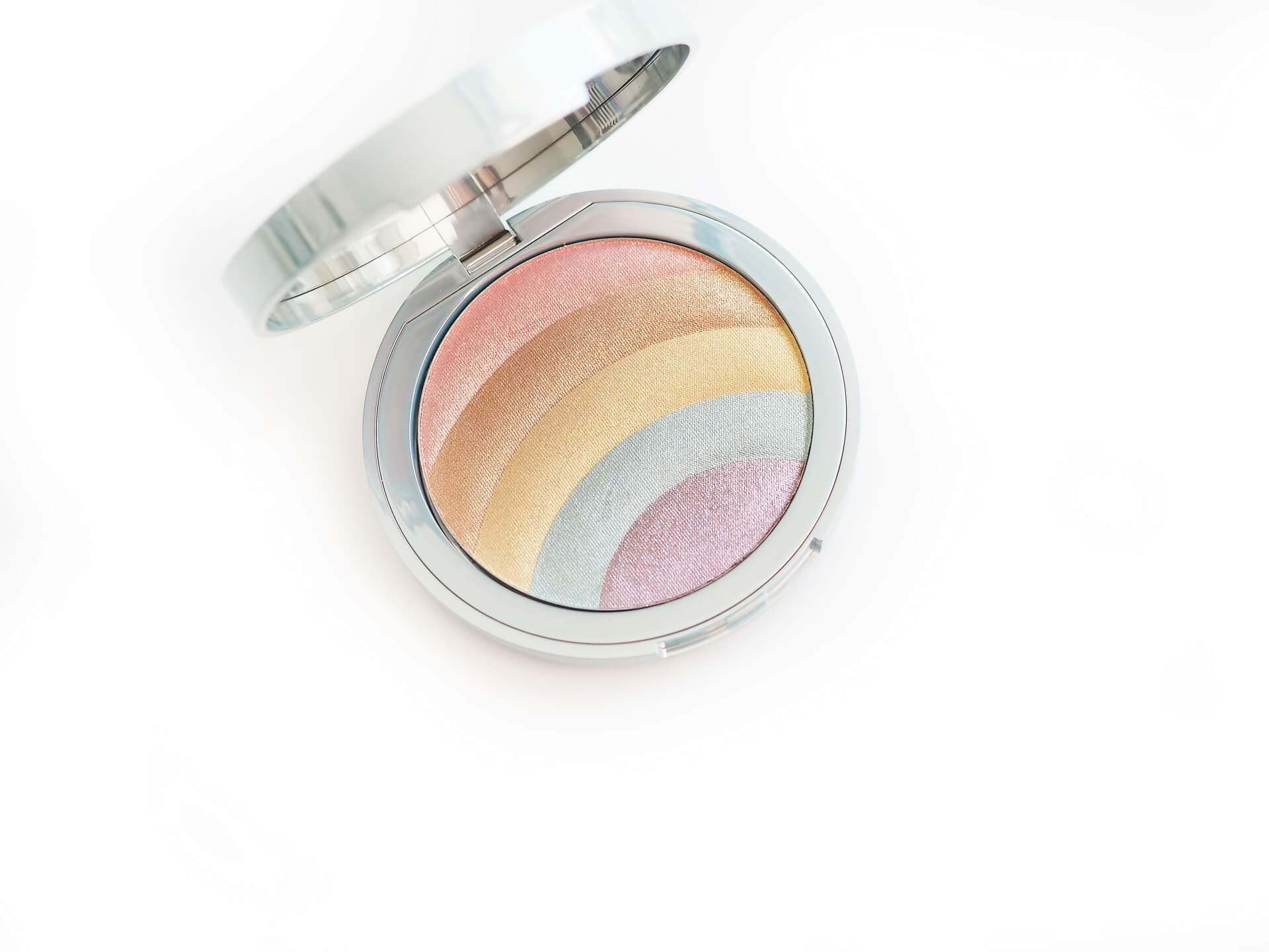 Too Faced Festival Rainbow Strobe Highlighter