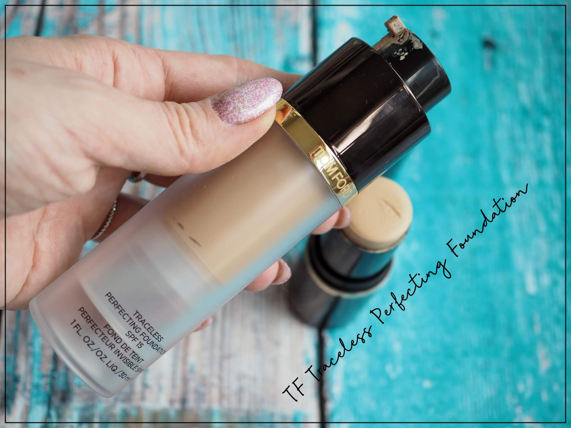 Traceless Perfecting Foundation