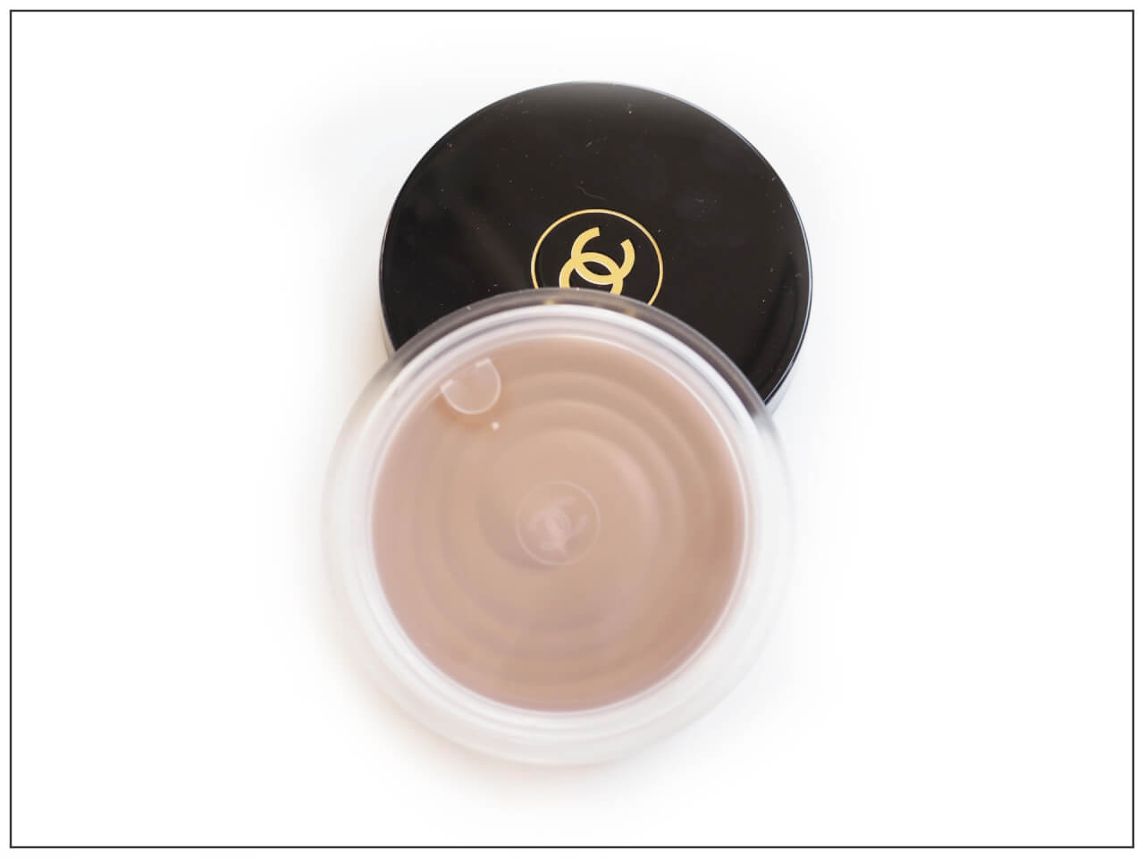 Chanel Soleil Tan Bronzing Makeup Base