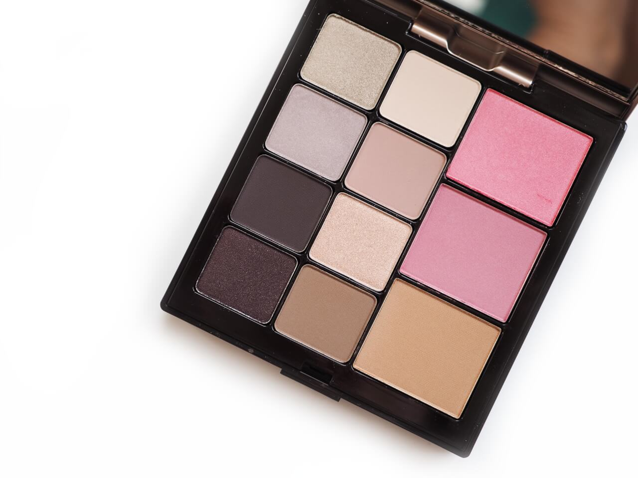 Laura Mercier Essentials Eye & Cheek Palette