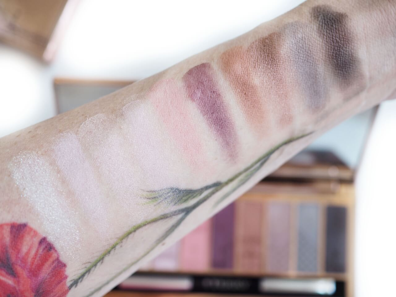 swatches By Terry Eye-Light Palette Terrybly Paris