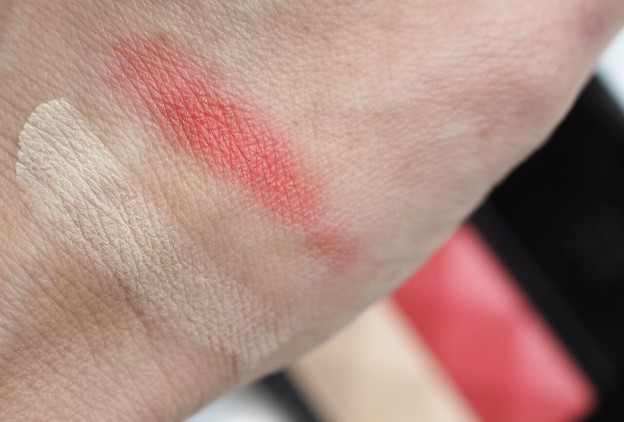 swatches Givenchy Prisme Blush N°1 Passion