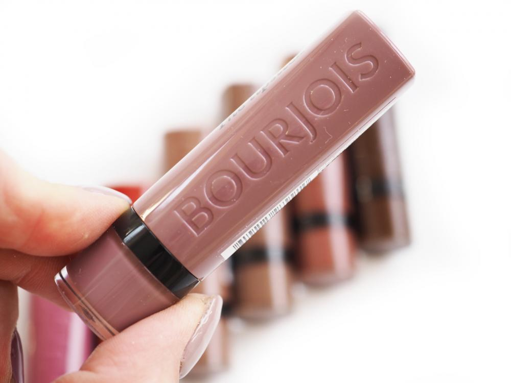 17 From Paris With Mauve Rouge Velvet The Lipstick