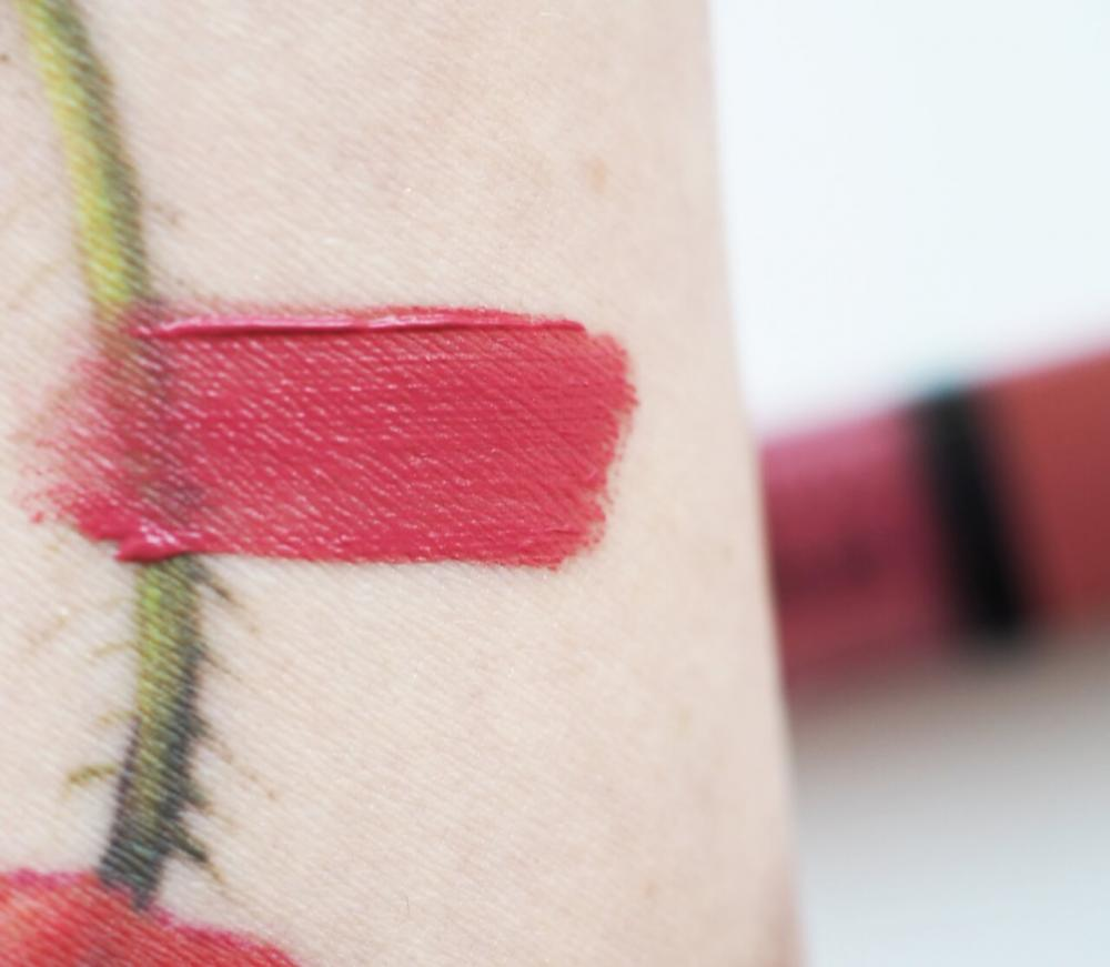 swatch Bourjois 07 Nude-ist Rouge Edition Velvet