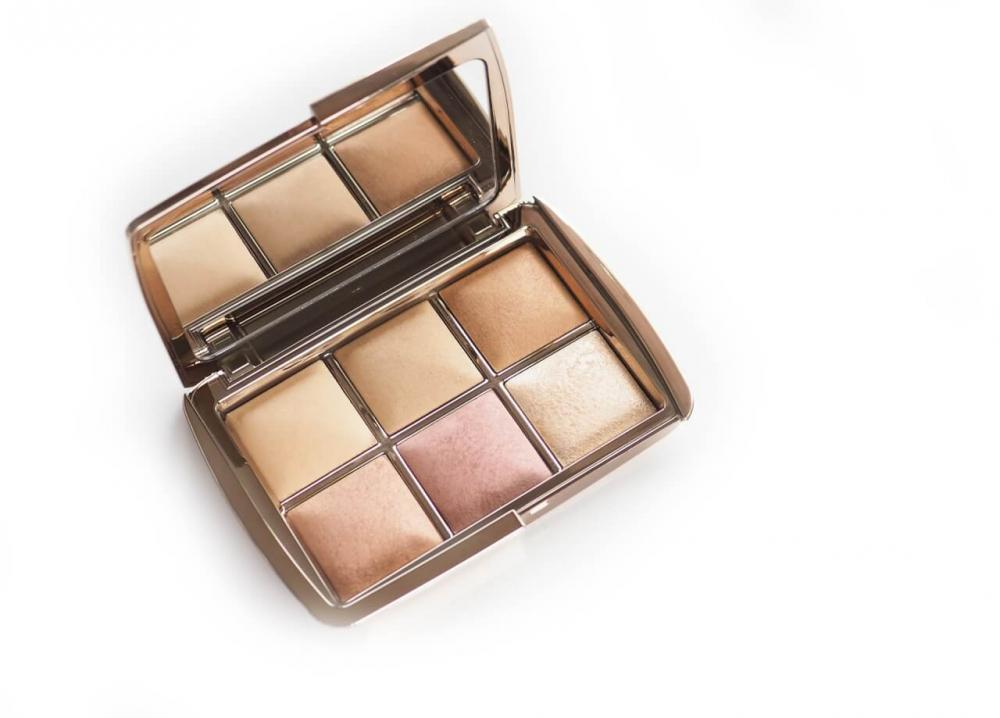 Hourglass Unlocked Ambient Light Edit