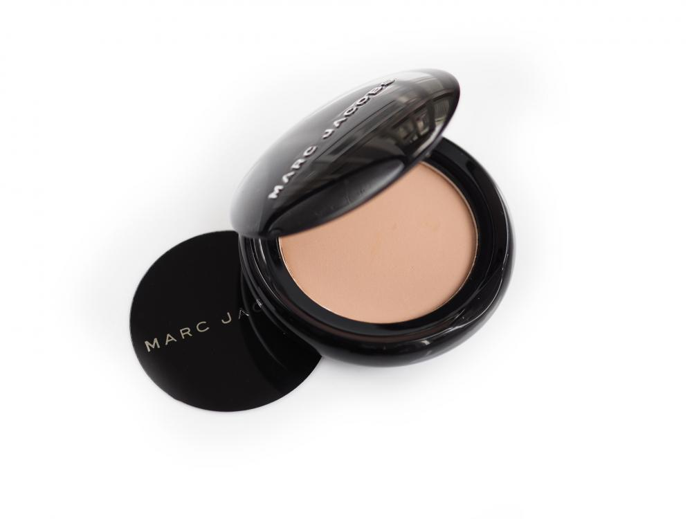 Marc Jacobs 520 The Big O! O!Mega Shadow