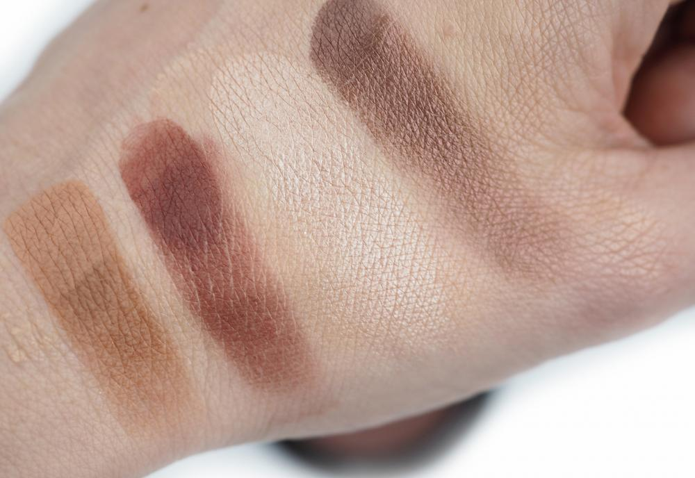 Swatches Marc Jacobs O!Mega Shadows