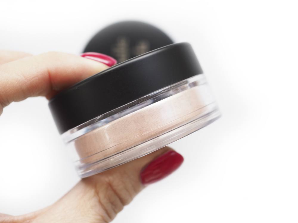 ANNABELLE MINERALS LILY GLOW