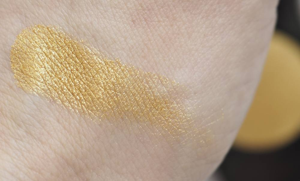 Swatch Chanel 34 POUDRE D'OR Ombre Premiere