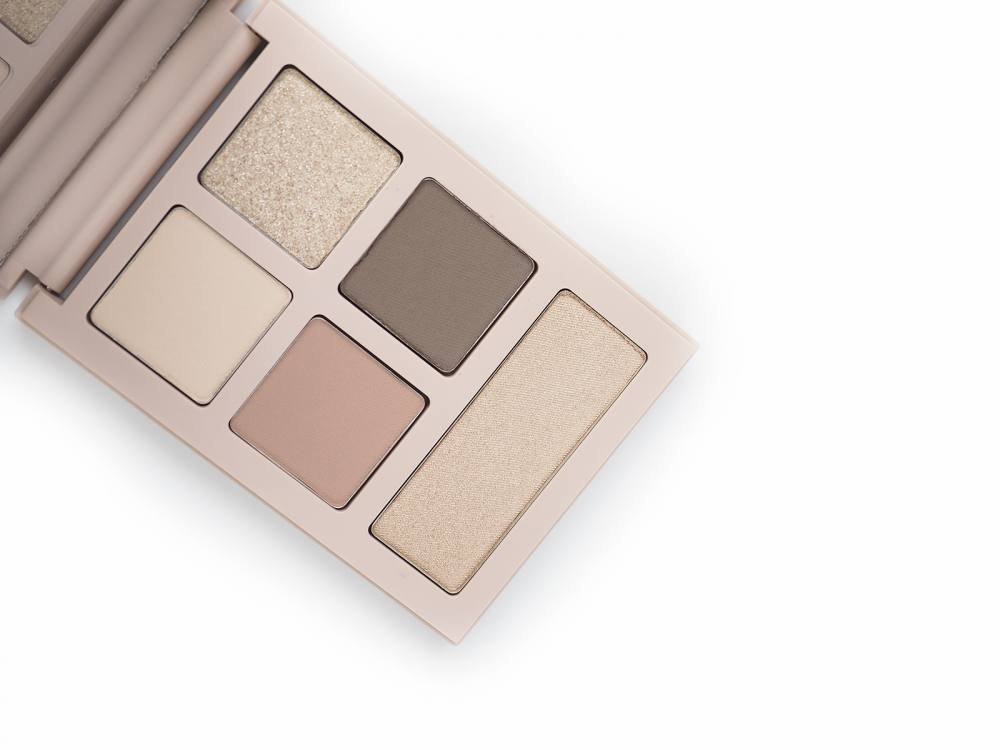 Bobbi Brown Ulla Johnson The Minou Eye Palette
