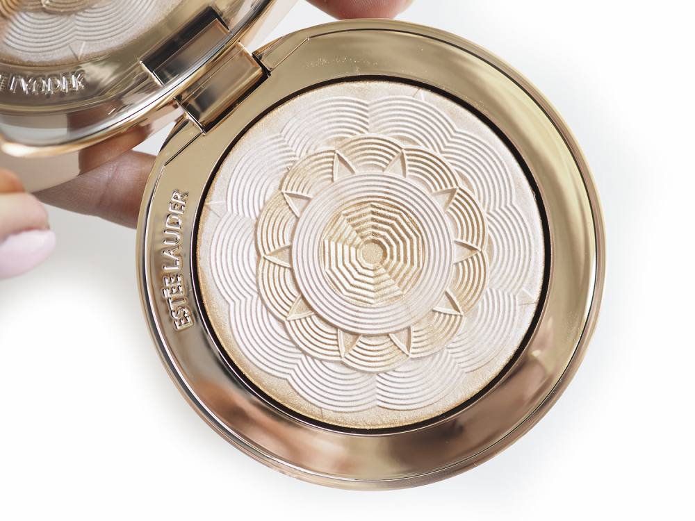 Estee Lauder Bronze Goddes Illuminating Powder Heat Wave