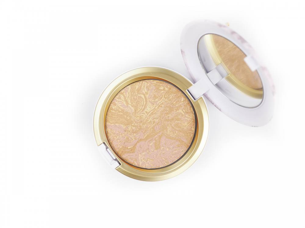 MAC Iridescent Powder Serenity Seeker